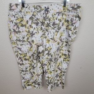 Lane Bryant Olive Yellow Floral on White Crops 20